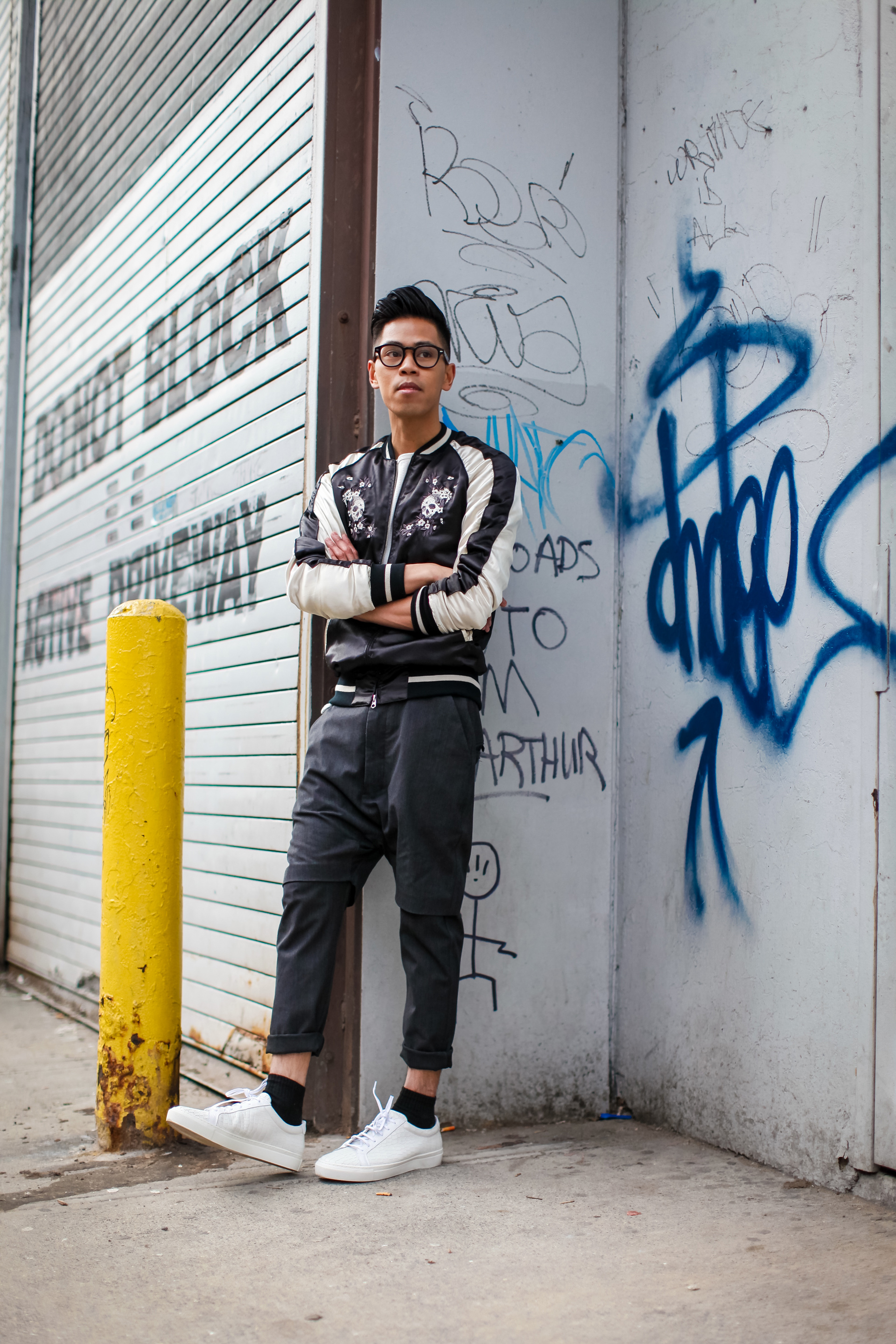 oh anthonio - Anthony Urbano - men's souvenir jacket outfit streetwear blogger