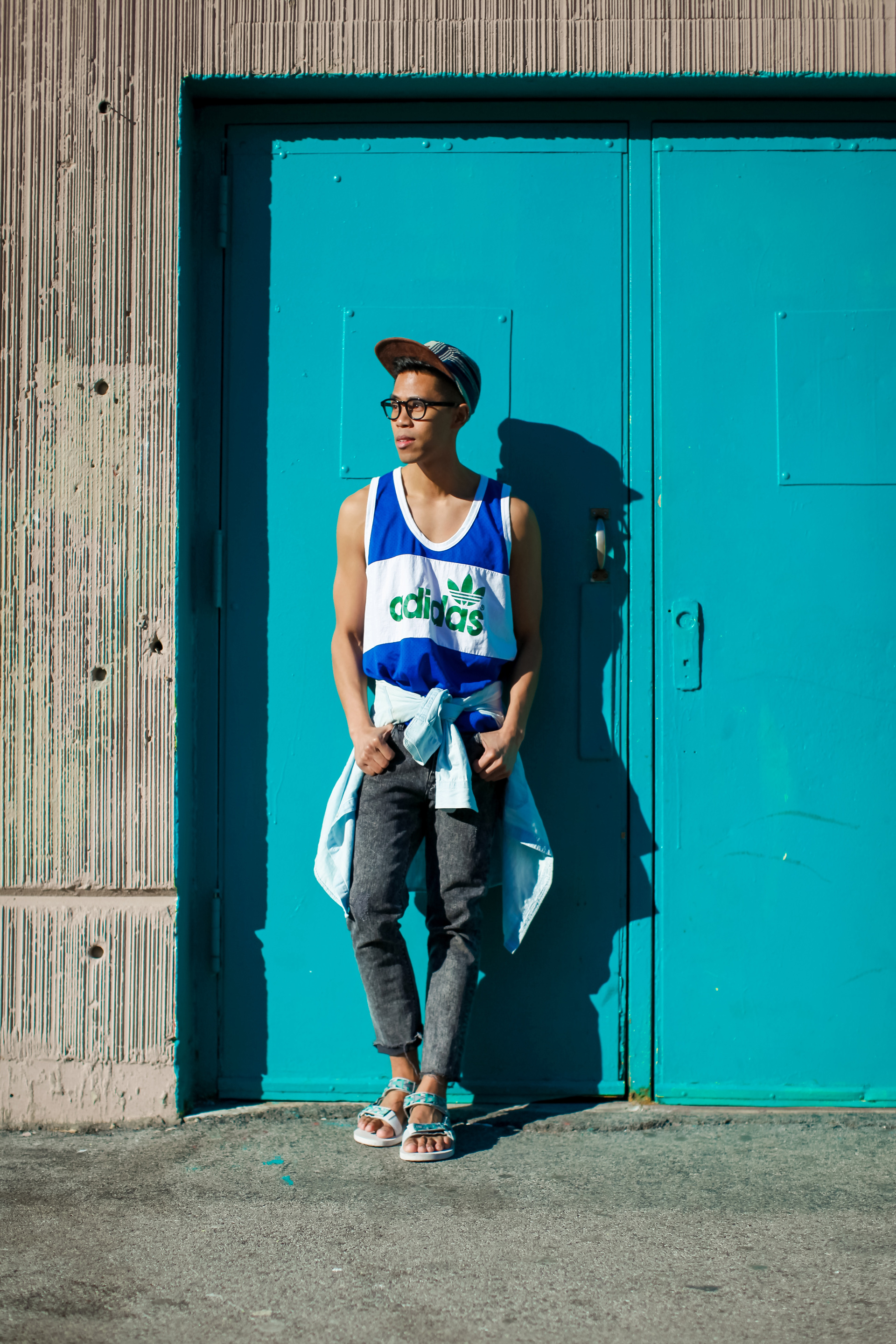 oh anthonio - Anthony Urbano - men's teva festival inspired outfit