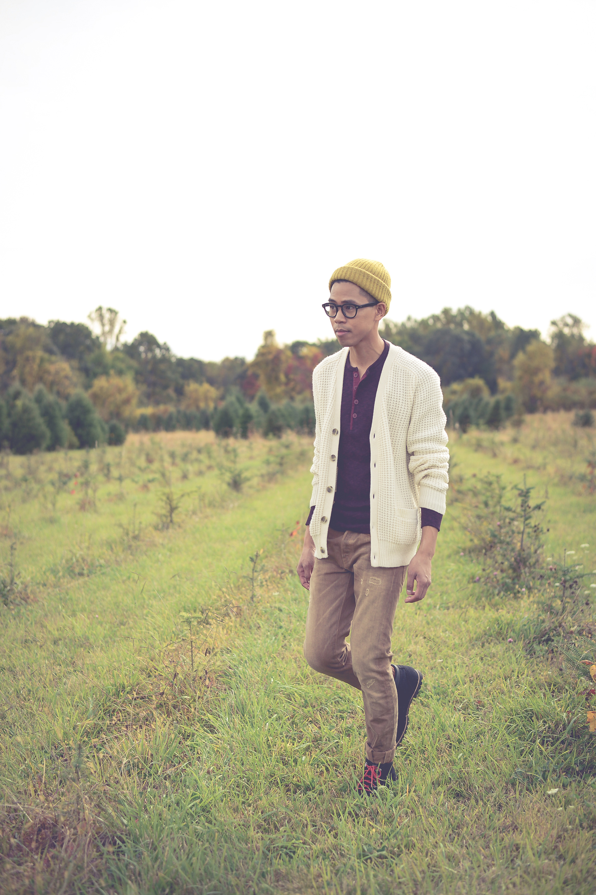 oh anthonio - Anthony Urbano - men's fall outfit apple picking