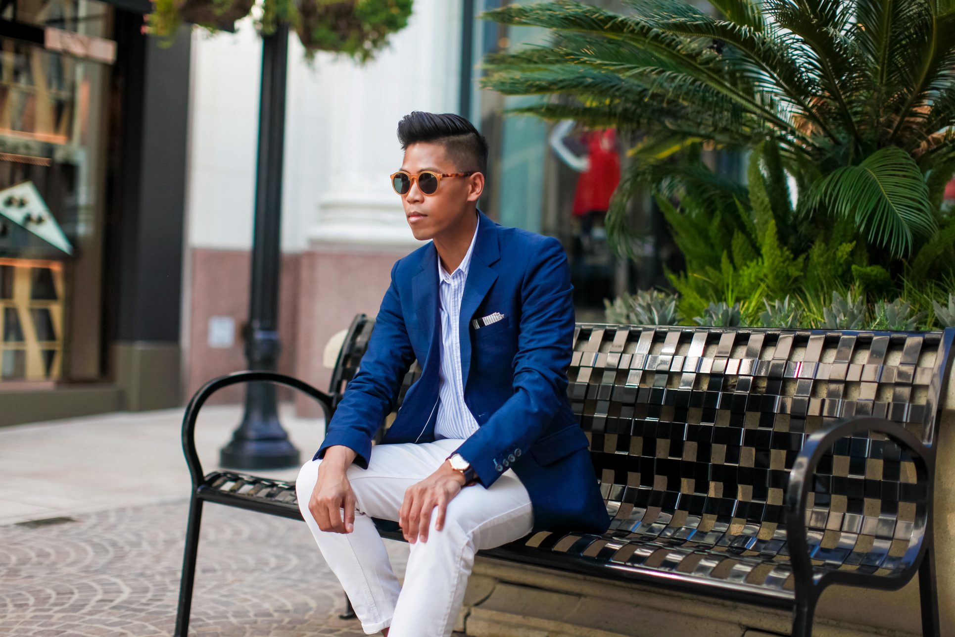 navy blazer with white pants