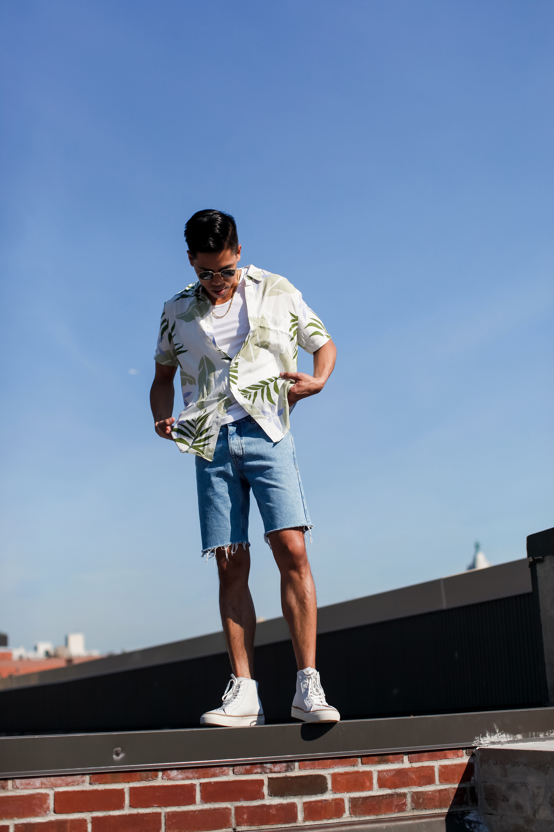 mens denim shorts street style