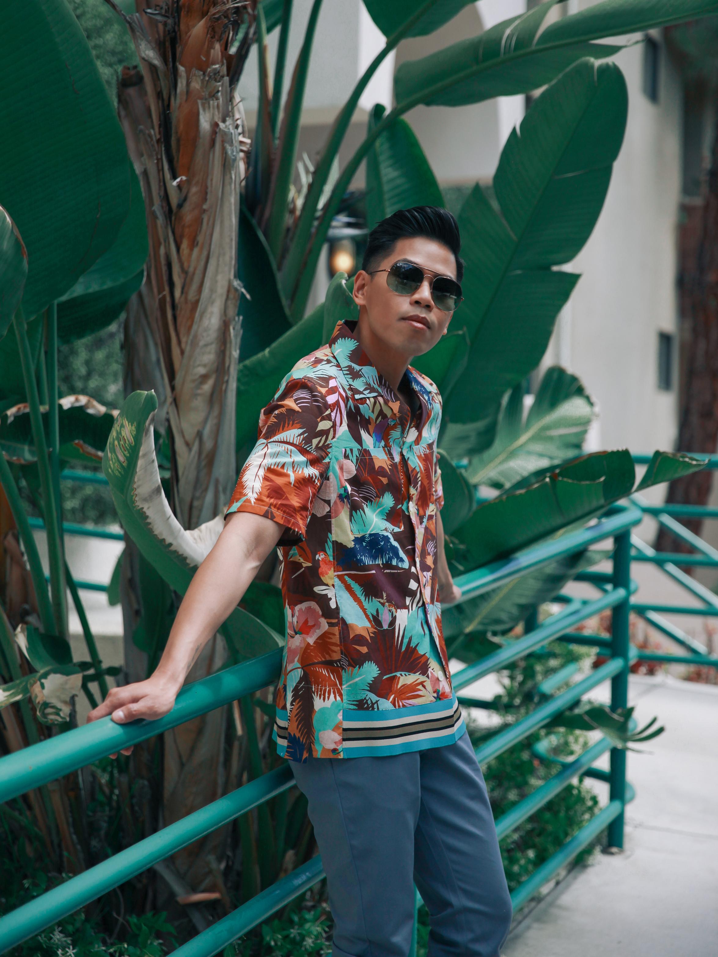 valentino camp collar shirt street style blogger