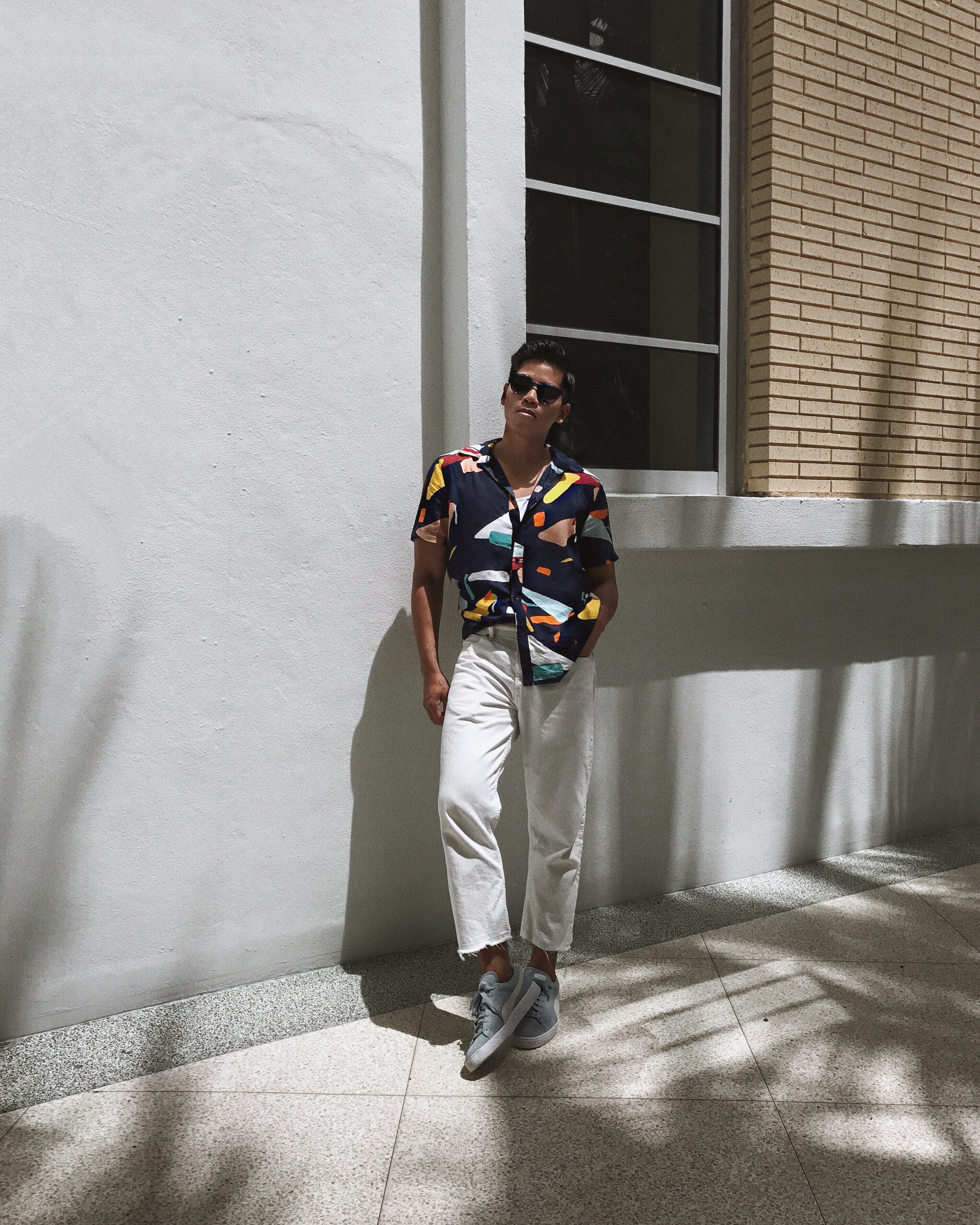 how to wear a printed shirt for men
