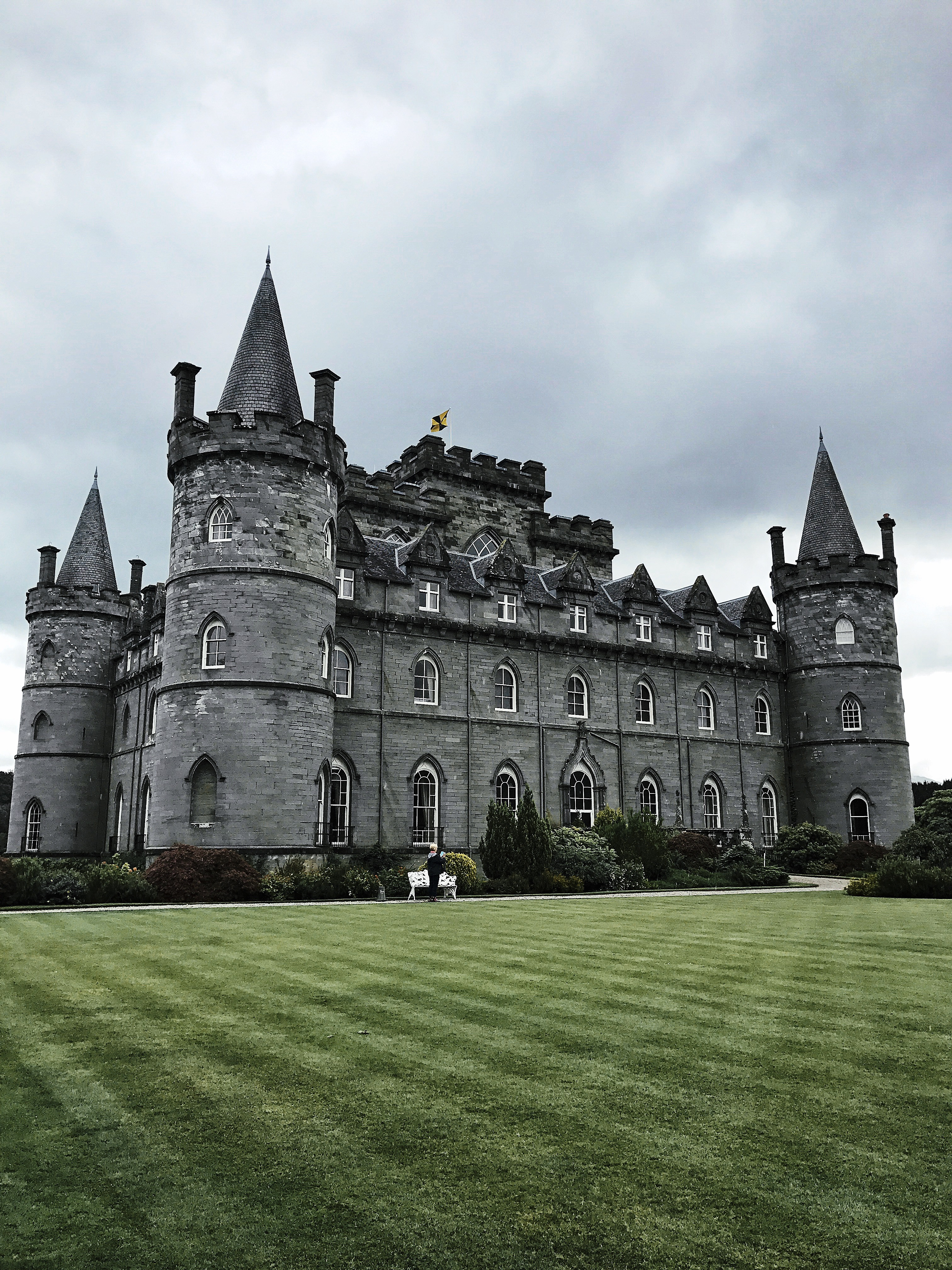 inveraray castle loch lomond visit scotland