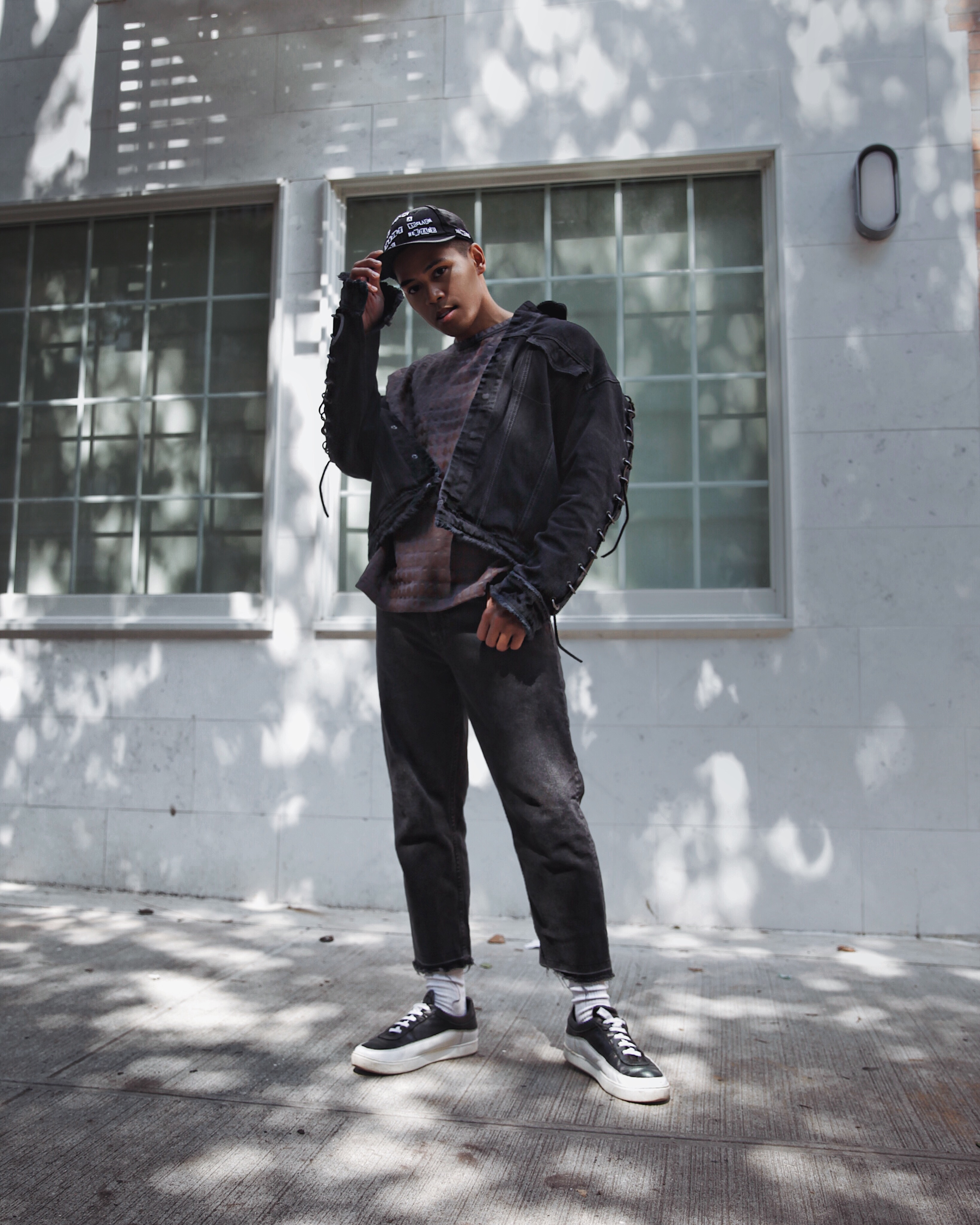 hm trend denim jacket with metal rings streetwear street style blogger