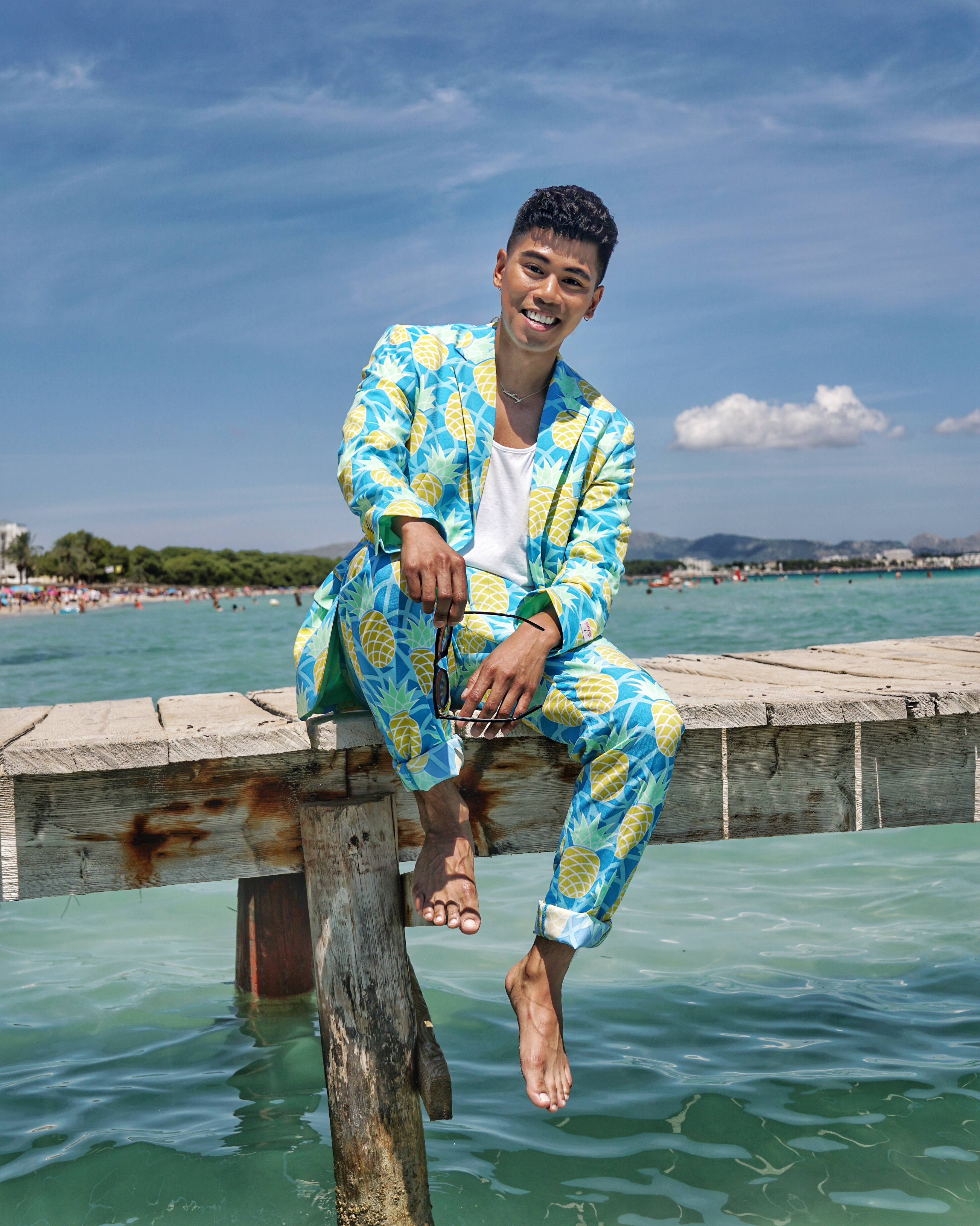 men's printed summer suit with opposuits streetstyle blogger